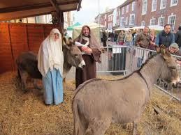 Farmers-market-Xmas Christmas Markets and events around Chichester