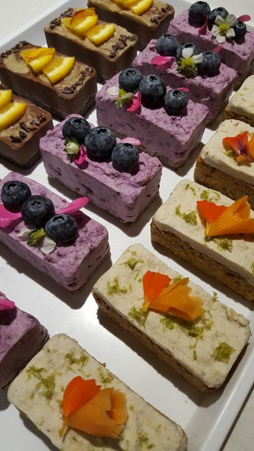 raw cake portions