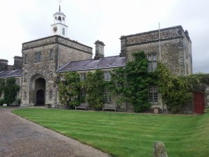 ParhamHse.gatehouse.1000-300x225 Dog-friendly places where humans can eat in West Sussex!